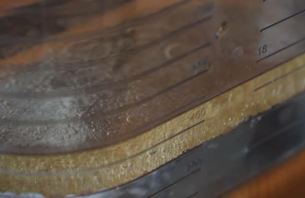 песочное печенье 6 наливаем масло