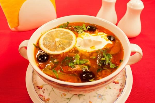 Мясная сборная солянка — классический рецепт приготовления фото