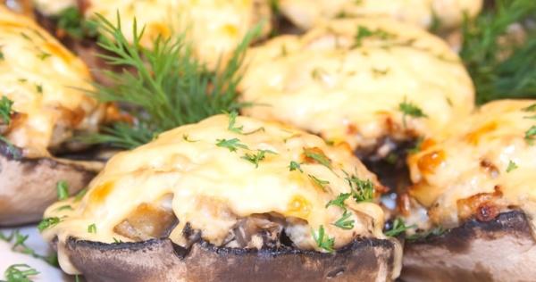 Фаршированные грибы с мясом и сыром фото