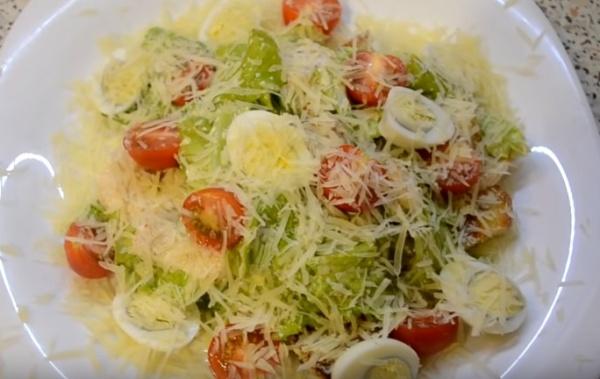 салат цезарь 3