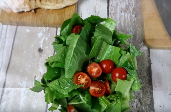 салат цезарь 4 ромен