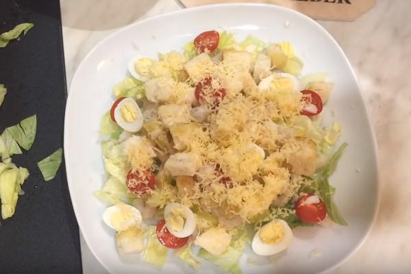 салат цезарь 5