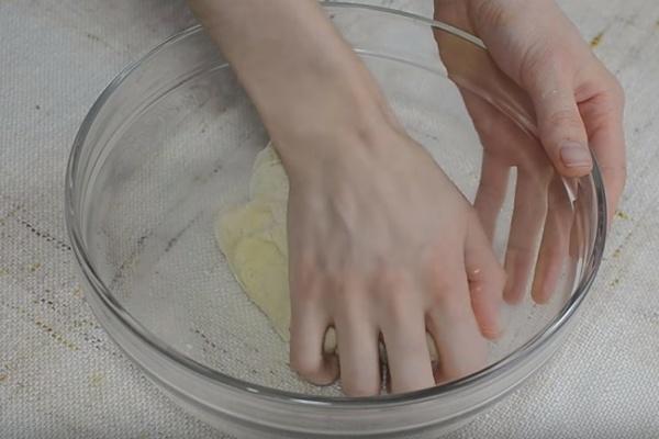 булки с творогом 1 замешиваем тесто