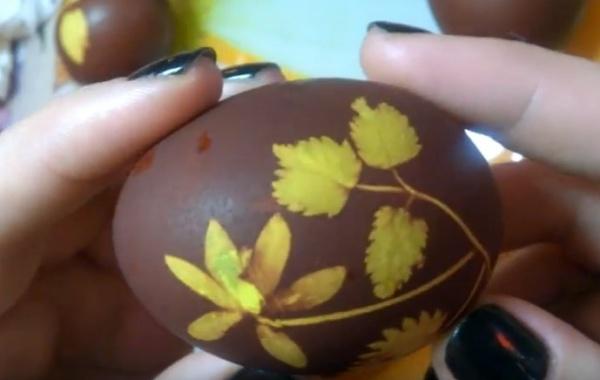 яйца в луковой шелухе 2 узоры