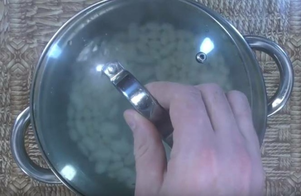 борщ с фасолью 2 варим фасоль