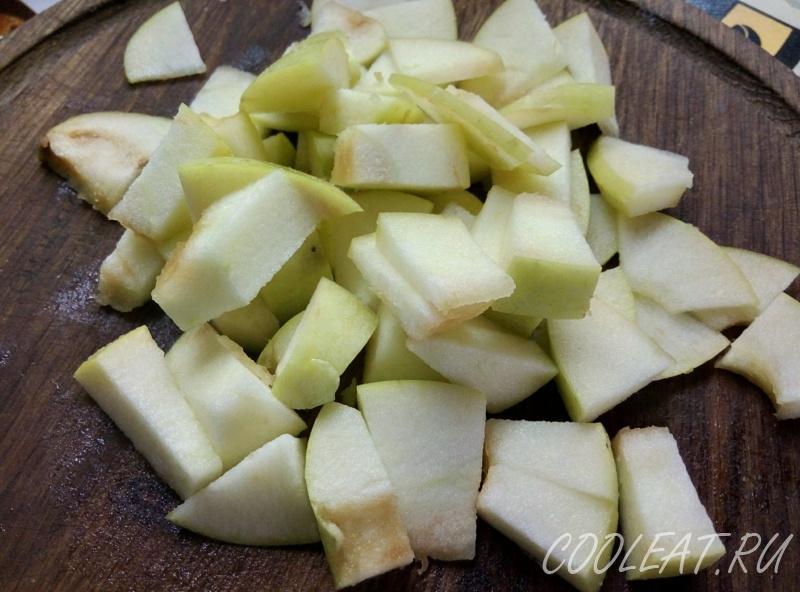 Шарлотка рецепт в микроволновке, как приготовить с яблоками